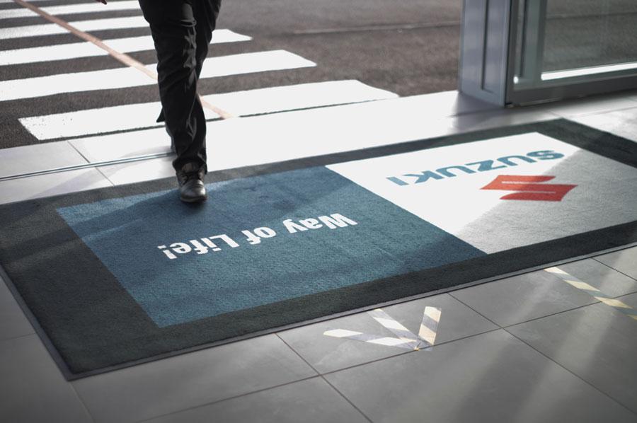 tapis-brand